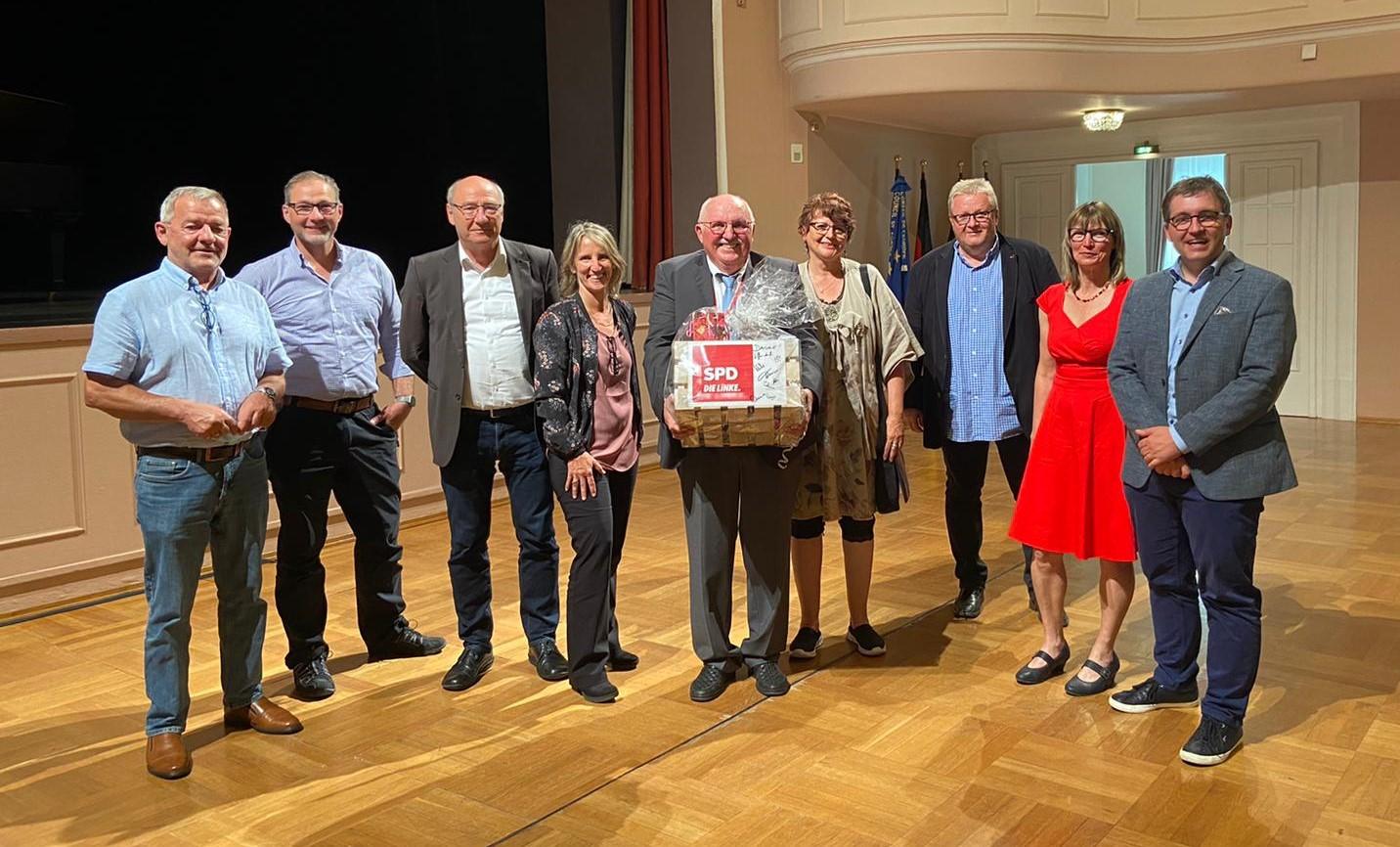 Rudi Neidlein mit Fraktion